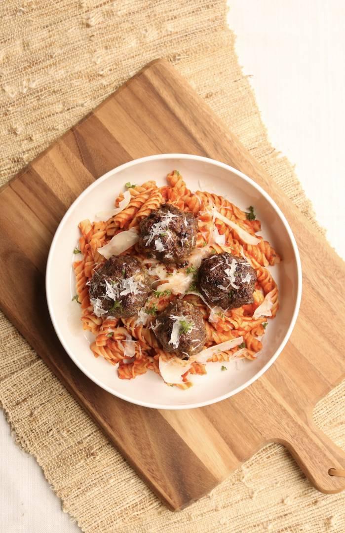 Angus Beef Meatball Pasta